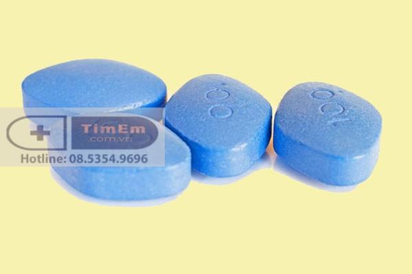 Chú ý thận trọng khi sử dụng thuốc